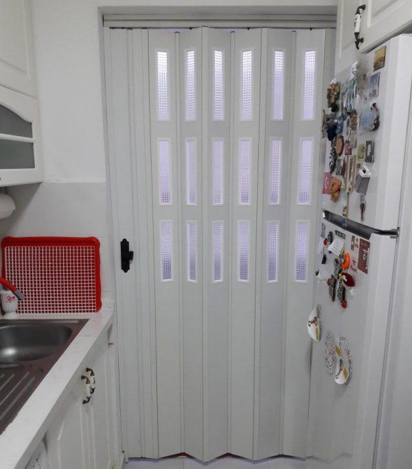 Mutfak Kapısı